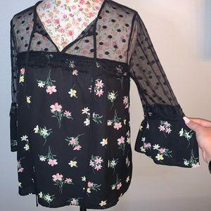 Black floral 3/4 sleeved top
